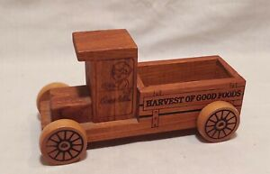 """Vintage 1987 Campbell's Soup Wooden Toy Wood Truck """"Harvest Of Good Foods"""""""