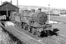 PHOTO BR British Railways Steam Locomotive Class 2P-AB 40356 at Penrith