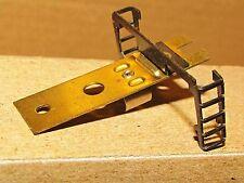 P-210-019 CAB FORWARD Metal Light Bracket w/ladders AHM/RIVAROSSI HO SCALE NEW
