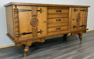 French Vintage Cabinet / Sideboard / Chest of drawers
