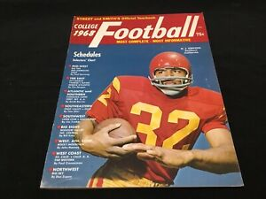 Street & Smith's 1968 College Football Yearbook O.J. Simpson Cover