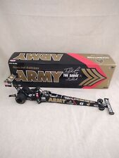 Autographed TONY SCHUMACHER US ARMY 2010 Special edition NHRA1/24 DIECAST