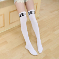Chaussettes hautes montantes blanches bandes horizontales noires sporty sexy