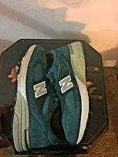 Look!! New Balance Custom 993 Color Forest Green Sz 8 Orig. Price $199