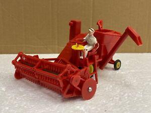 1/43 scale Raphael Lipkin pippin toys 101 Massey Ferguson 780 combine harvester
