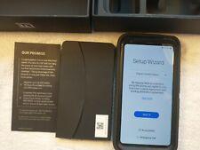 LG V30 VS996 - 64GB - (Verizon) Smartphone  MINT!