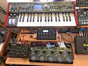 Behringer DeepMind 6, Analog Synthesizer, 49 Tasten, OVP, wie neu