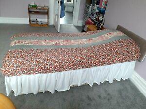 Vintage Single Durham Patchwork Quilt 207cm x 123cm