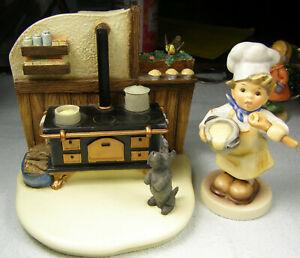 Goebel Kozy Kitchen #1009-D & 1st Issue Millennium Baker Figure 2038