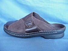 CLARKS 9M Ladies Shoes Mules Slip Ons Genuine Brown Leather Walk Comfort Wear