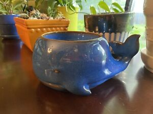 Bath and Body Works Blue Whale Ceramics 3 Wick Candle Holder, NEW