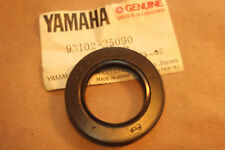 YAMAHA XS650  XS750  XS850  GENUINE CAMCHAIN TENSIONER OIL SEAL - # 93102-25090