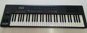 M- AUDIO AXIOM 61 - MIDI Controller - PC Keyboard/Controller - 61 Keys.