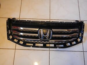 2012-2015 Honda Pilot OEM Front Grille with Emblem