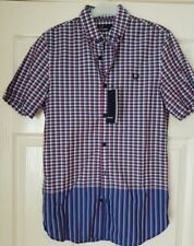Men's Fred Perry  short sleeve  shirt  M4282 BNWT  size xs.