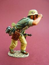 King & Country (retired) - Afrikakorps - Soldat allemand WW2 ref AK022