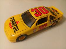 ERTL 1992 MICHAEL WALTRIP #30 PENZOIL PONTIAC GRAND PRIX NASCAR 1:18