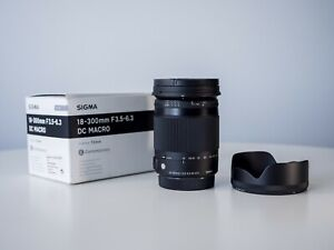 Sigma 18-300mm F/3.5-6.3 DC Macro OS HSM Lens for Canon