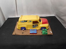 Old Revell Television Servicce Truck