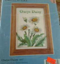 Embroidery Kit Oxeye Daisy 5x7 Candmar Designs