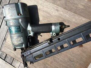 HITACHI NR83A2 STRIP NAILER FRAMING GUN MADE IN JAPAN