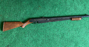 vintage DAISY Model 25 PUMP BB RIFLE  Working - See the pictures