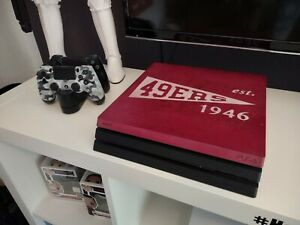 Sony PlayStation 4 Pro - 1 TB - 2 Controller - designed by SMOE