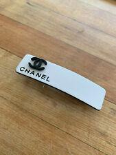 CHANEL VIP gift barrette hair clipwhite clip