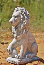 Lion Stone Cast on The Right for Terrace Frost Resistant Figures Novelty