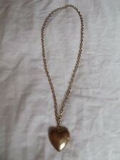 Old Costume Jewellery Jewelry Necklace Gold Style Chain and Heart Pendant