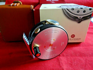 """A RARE UNUSED, CASED & BOXED LTD EDITION HARDY 2 7/8"""" PERFECT SPITFIRE FLY REEL"""
