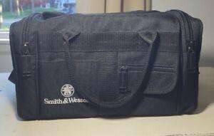 Smith & Wesson Range Bag Tactical Large Reinforced Black Strap. Zipper & Pockets
