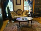 Antique Victorian Couch excellent condition medallion back