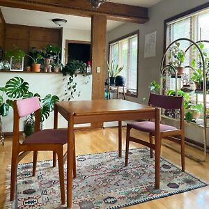 Vintage Danish Teak and Leather Flip Top Dining Table And Chairs - Mobelfabrik