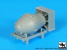 "Black Dog 1/48 ""Fat Man"" Atomic Bomb on Trolley Nagasaki, Japan 1945 WWII A48024"