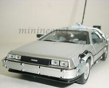 WELLY 22443 BACK TO THE FUTURE TIME MACHINE DELOREAN 1/24 PART 1