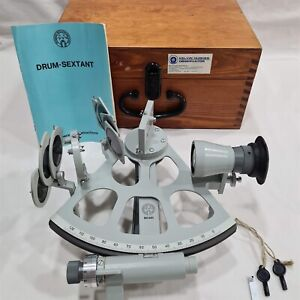 Freiberger Marine Sextant with Carry Case. SrNo: 901-491. Made in Germany