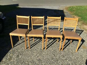4 BEAUTIFUL VINTAGE LEG-O-MATIC WOODEN FOLDING CHAIRS EX CONDITION ATOMIC SEATS