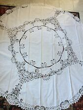 Vintage/Antique - ROUND TABLE CLOTH - Reticella White Lace & Linen (82-inches)