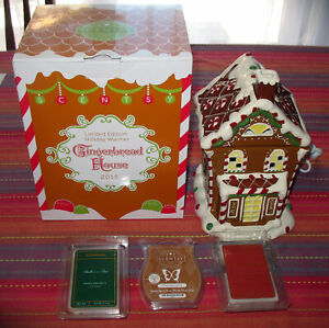 2015 Scentsy Gingerbread House Limited Edition Holiday Warmer in Box, Wax Melts