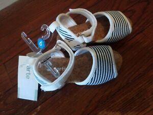 NEW Carter's size 6 toddler girls stripe sandals