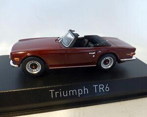Triumph TR6 Cabriolet 1970 Rouge Foncé , 1:43, Norev