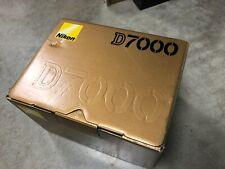 Nikon d7000 camera excellent condition with original box