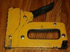 BOSTITCH POWER CROWN HAND STAPLER STAPLE GUN PC4000 vintage tool WORKING!