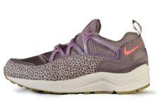 38 Scarpe da ginnastica rosa Nike per donna