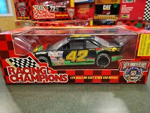 1998 Racing Champions NASCAR  MELLO YELLOW Car 1:24  KYLE PETTY #42 New st326