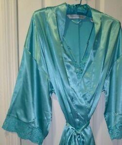 Victoria's Secret Blue Camisole/Robe Set Size Medium
