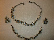 VINTAGE NECKLACE  AND MATCHING BRACELET AND CLIP ON EARRINGS-UNSIGNED