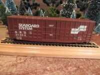 Vintage Roundhouse Built Model Railroad Train Car Ho Gauge - READY TO PULL! (G3)