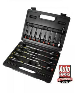 Halfords Advanced Screwdriver & Bit Set Supplied in a robust, compact carry case